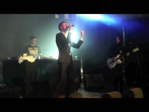 "Lowlands 2012 - Willy Moon ""Railroad Track + I Put A Spell On You"" (Live)"