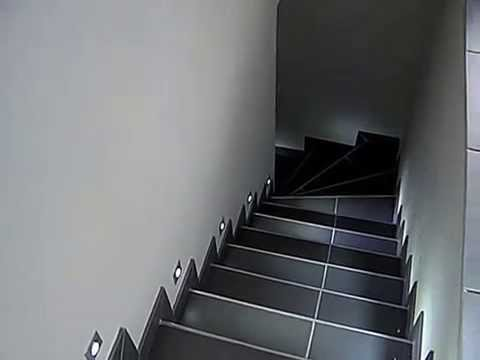 clairage led escalier youtube. Black Bedroom Furniture Sets. Home Design Ideas