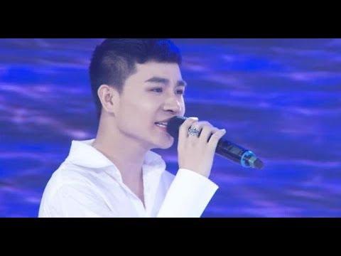 Chàng trai Tùng Anh gây sốt khi hát 'Một thời đã xa' bằng giọng nam và nữ