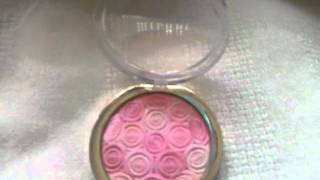 NEW Milani Illuminating Face Powder Thumbnail