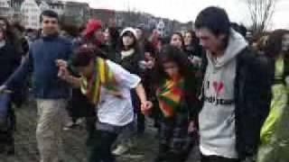 NEWROZ 2010 DÜSSELDORF!!!!!! DELILIM CELLERANER