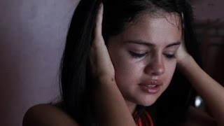 Selena Gomez SNUBBED From The 2017 Grammys Nominations List