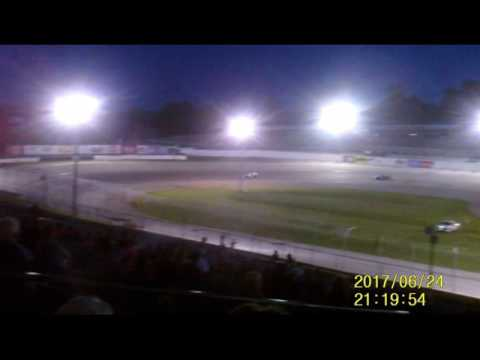Lebanon I 44 Speedway Modified feature  6 24 17