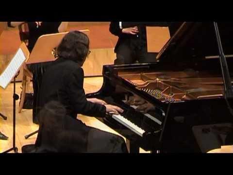 Shostakovich: Piano Concerto No.1 (III & IV Mov.) - Christian Badian, Piano