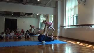 Acro Hip-hop Dance First lesson Toddlers Acrobatic Акробатика Хип Хоп урок 1 Singapore