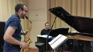 Saxofón y piano. David Hernando Vitores y Sandro Bakhuashvili.