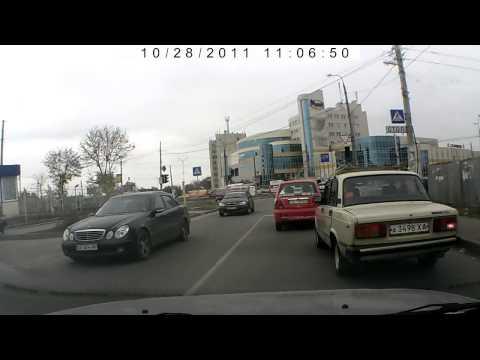Автомобильный видеорегистратор HD-198. Образец записи.
