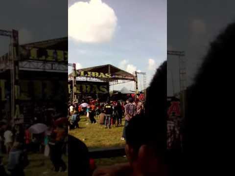 Tawuran Dangdut New Pallapa Wiwik Sagita - Kimcil Kepolen (LIBAS - Pati,JawaTengah)