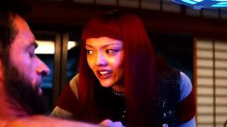 Logan si squarcia il torace per estrarre il parassita - Wolverine: L`immortale (2013)