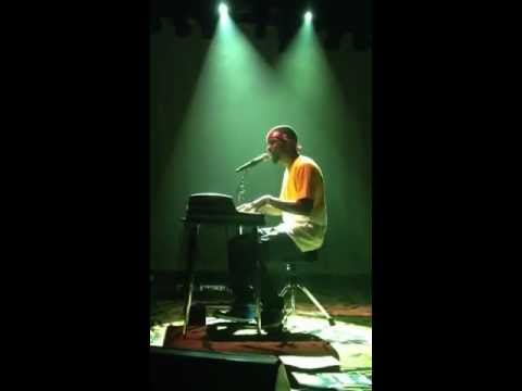 Frank Ocean - I Miss You LIVE