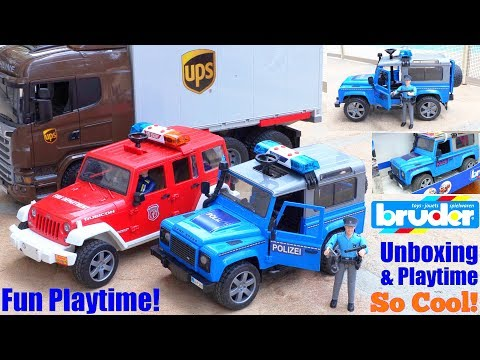 Children's POLICE CAR Toy Playtime. Toy CAR CRASH Video. Police Officer Action Figure