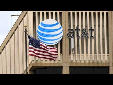 """Snowden Documents Reveal AT&T's """"Extreme Willingness to Help"""" NSA Domestic Spy Program"""