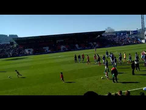 Aplausos para el CD Lugo tras ganar al Oviedo