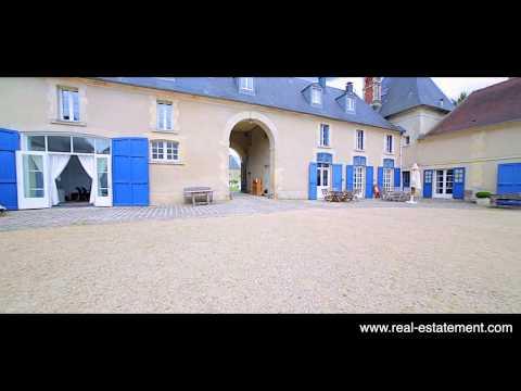 Estate-Apartments just outside Paris