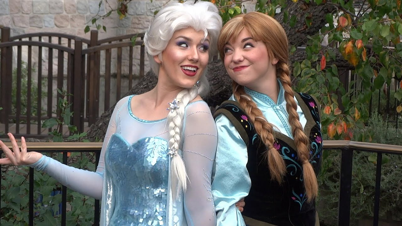 Anna And Elsa Meet And Greet Outdoors In Fantasy Faire At Disneyland