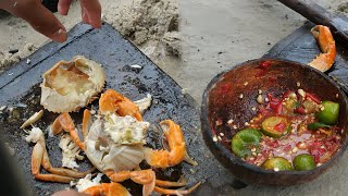 Woow! Found Amazing Pond Full of Sea Crab after Poor tide - Catching and Boiling Sea Crab on Sand