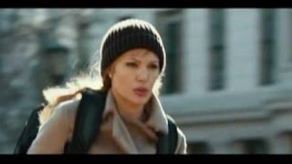 "Angelina Jolie, espionne de choc dans ""Salt"""