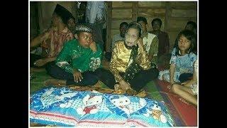 Fenomena Remaja 16 tahun menikahi seorang nenek 71 tahun
