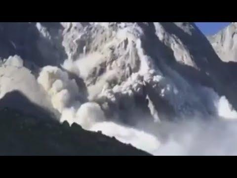 Gigantischer Bergsturz in Graubünden: Eine Lawine aus Stein, Wasser und Erde überrollte das Dorf