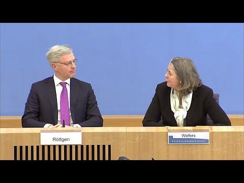 KW19-27: EU-Leyenspiel: Kriegsvorbereitung? 2019-7-7из YouTube · Длительность: 32 мин43 с