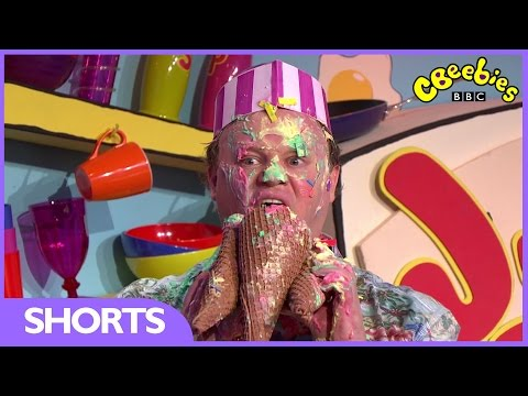 CBeebies: Justin And Friends At The Beach - Justin's House