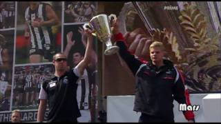 Nick maxwell and Nick Riewoldt talk at the grandfinal parade