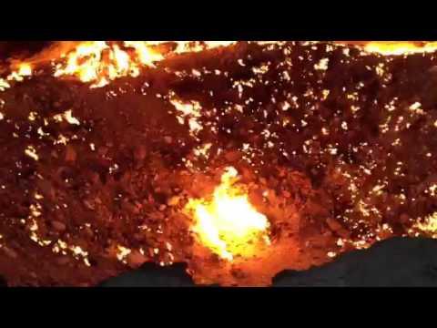 Türkmenisztán, gázkráter a sivatagban