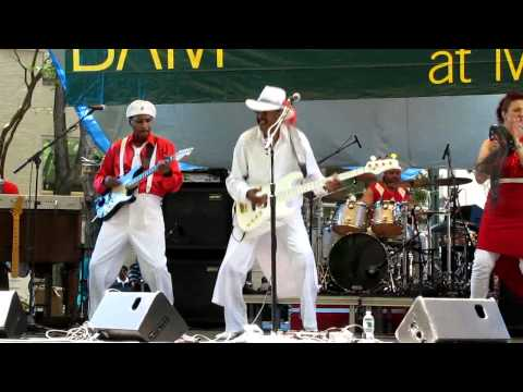 Larry Graham, We've Been Waiting/Ain't No Fun To Me/It's Alright, Brooklyn, NY 6-7-12