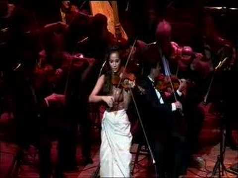 Sally Cooper - APO Concert Estrellita