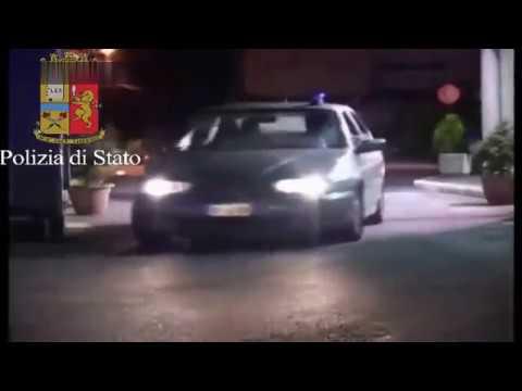 Italian Carabinieri Raid Mafia Compound - Download HD Torrent
