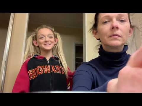 Sarah Dorothy Little Goofing With Her Skinny Legend Mom