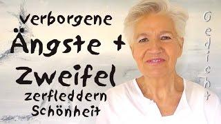 verborgene Ängste - Krokodile im Dorfteich - Gedicht - Greta Silver