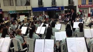 Muchacha de Risa Loca Banda Sinfónica Villamaria
