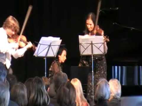 Manrico PADOVANI and Natasha KORSAKOVA play SARASATE's Navarra for 2 violins. Kira RATNER piano