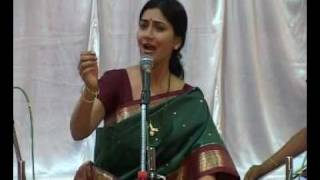 Prachi Dublay - Pune Concert - Part 2 of 6 - Demo