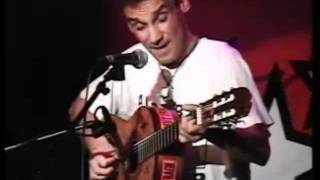 Manu Chao - Mr Bobby (acoustic in Amsterdam 2002)