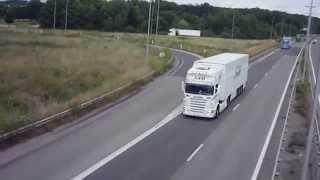 Scania blanc et bleu STB