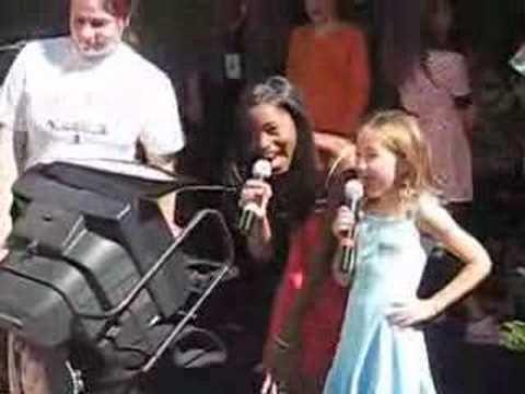 Noah Cyrus & Keke Palmer Singing