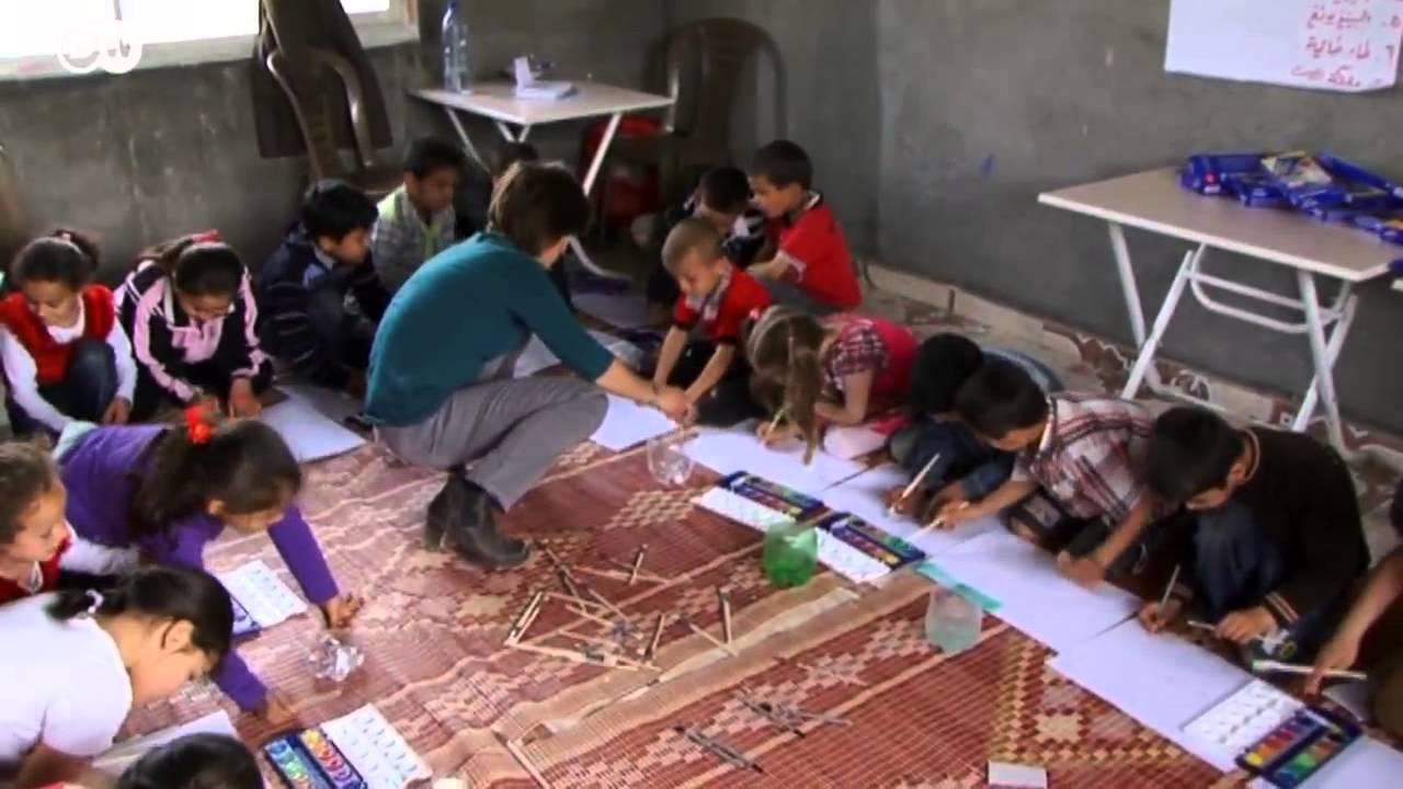 قافلة إغاثة من مدرسة ببرلين لمساعدة اللاجئين السوريين | الجورنال