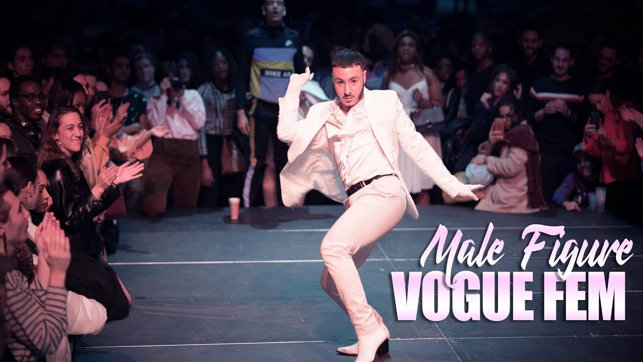 Lily Collinss DaytoNight French Girl Look  Beauty Secrets  Vogue