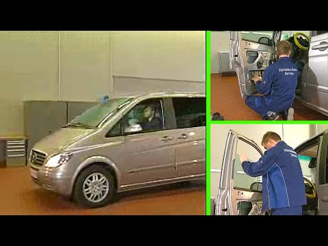 Mercedes benz vito remove install window lifter youtube for 12 volt door latch