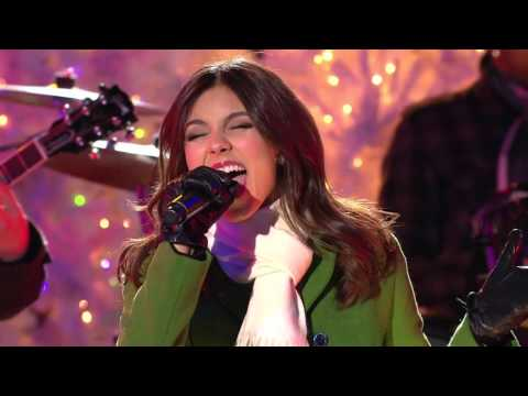 Victoria Justice - Rockin' Around The Christmas Tree & Jingle Bell Rock Live