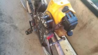 Самодельный мопед из велосипеда(Как я сделал мопед из старого велосипеда и движка от мотокосы (триммера)., 2016-05-22T17:03:50.000Z)
