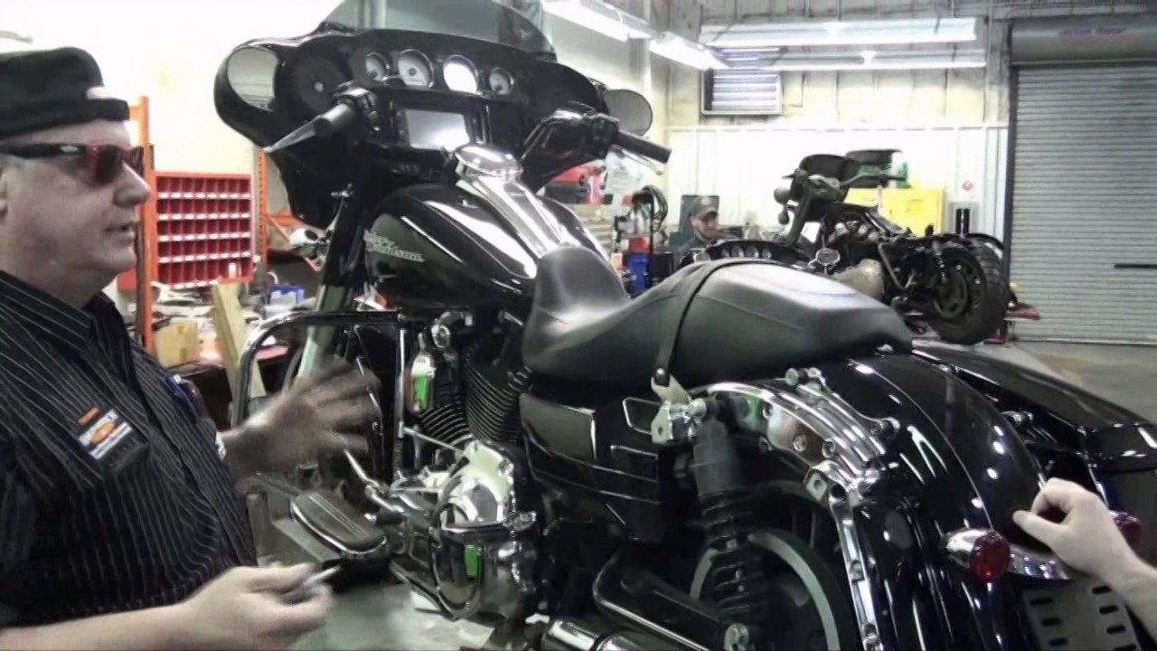 hight resolution of how to change your old style harley davidson saddlebag pin to the new screw style