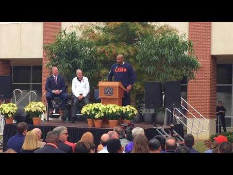 'Until the day I die War Eagle': Barkley's full speech at statue unveiling
