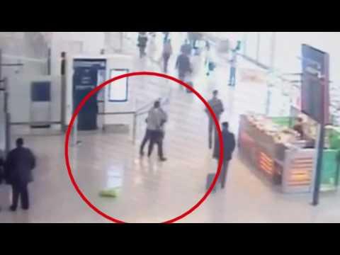Video aus Paris-Orly:  Angreifer überrumpelte Soldatin von hinten