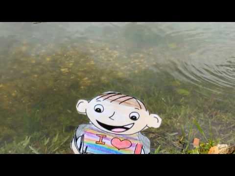 Julia Smith's Flat Stanley feeding fish 2