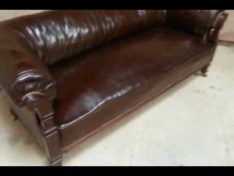 ANTIQUE VICTORIAN BROWN LEATHER CHESTERFIELD BUTTO