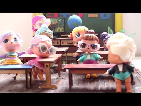 Novelinha de bonecas Lol Surprise Aula da...