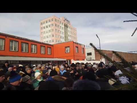 Стихийный митинг в Усть-Катаве (2)